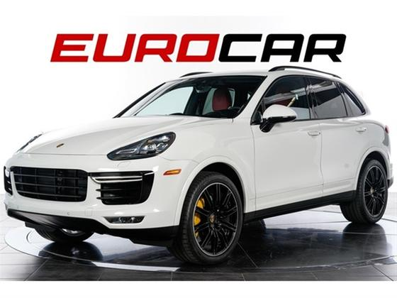 2016 Porsche Cayenne Turbo S:24 car images available