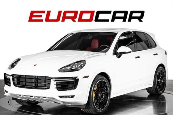 2018 Porsche Cayenne Turbo S:24 car images available