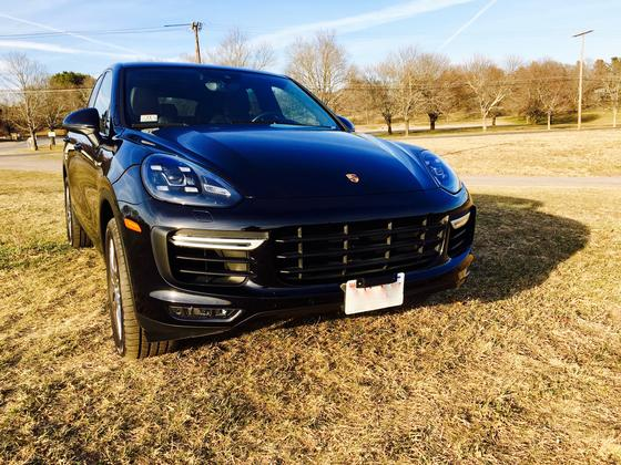 2015 Porsche Cayenne Turbo:15 car images available