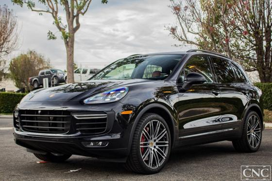 2017 Porsche Cayenne Turbo:18 car images available