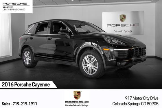 2016 Porsche Cayenne Turbo:24 car images available