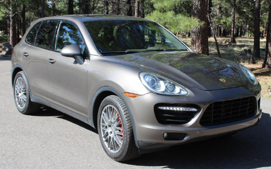 2011 Porsche Cayenne Turbo:10 car images available