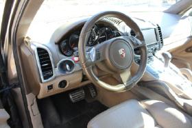 2011 Porsche Cayenne Turbo