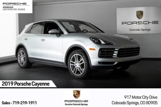 2019 Porsche Cayenne Turbo:22 car images available