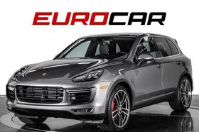 2017 Porsche Cayenne Turbo:24 car images available