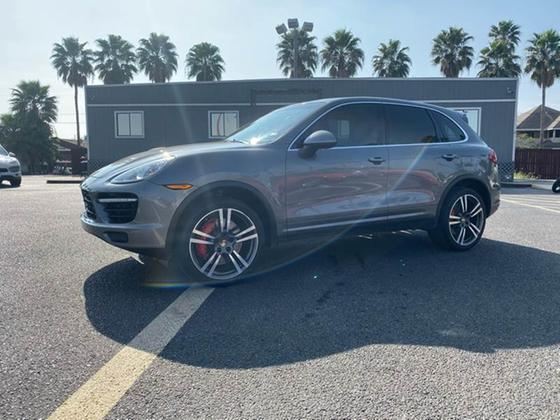 2014 Porsche Cayenne Turbo:24 car images available