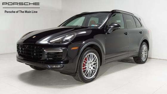 2017 Porsche Cayenne Turbo:22 car images available