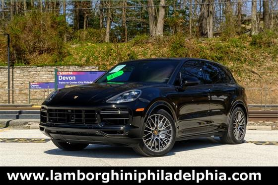 2021 Porsche Cayenne Turbo:9 car images available