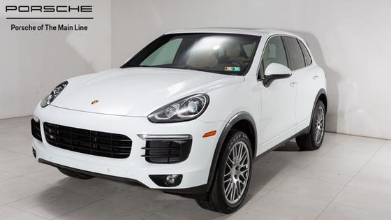 2016 Porsche Cayenne V6:22 car images available