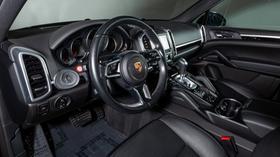 2016 Porsche Cayenne V6