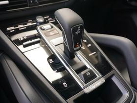2020 Porsche Cayenne V6