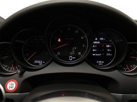 2018 Porsche Cayenne V6