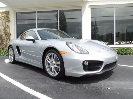 2016 Porsche Cayman :12 car images available
