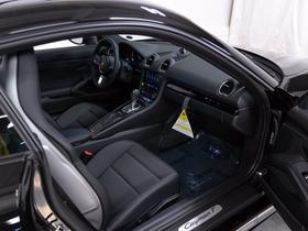2021 Porsche Cayman