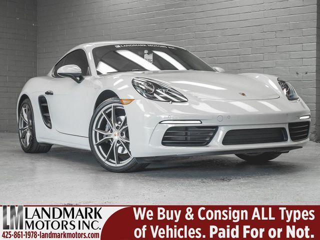 2019 Porsche Cayman :24 car images available
