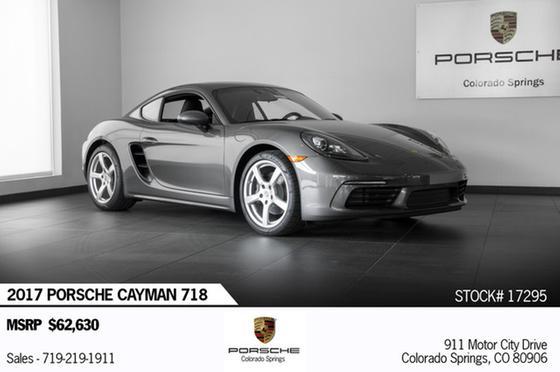 2017 Porsche Cayman 718:24 car images available