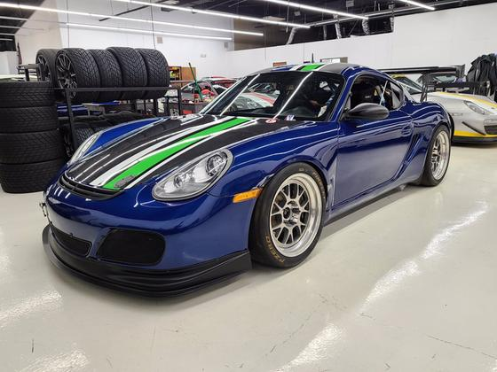 2011 Porsche Cayman S Race Car:24 car images available