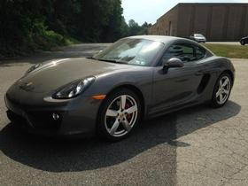 2014 Porsche Cayman S:21 car images available