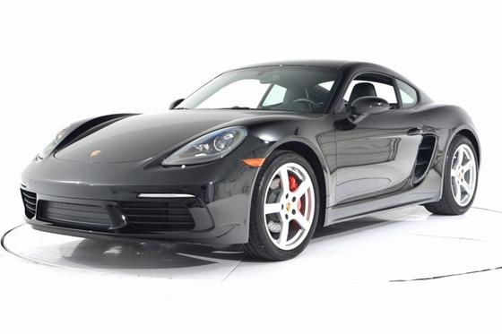 2018 Porsche Cayman S:24 car images available