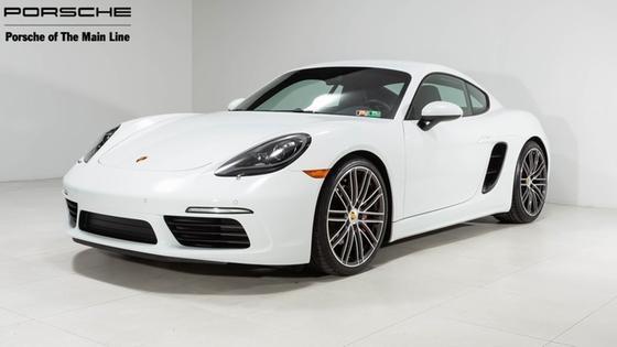2017 Porsche Cayman S:21 car images available