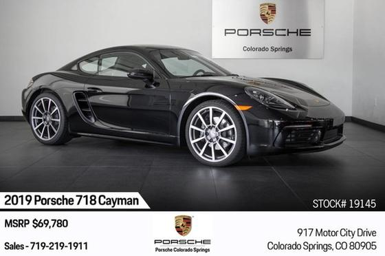 2019 Porsche Cayman V6:17 car images available