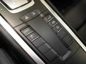 2017 Porsche Cayman V6