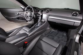 2018 Porsche Cayman V6