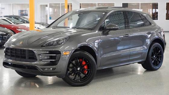 2016 Porsche Macan :24 car images available