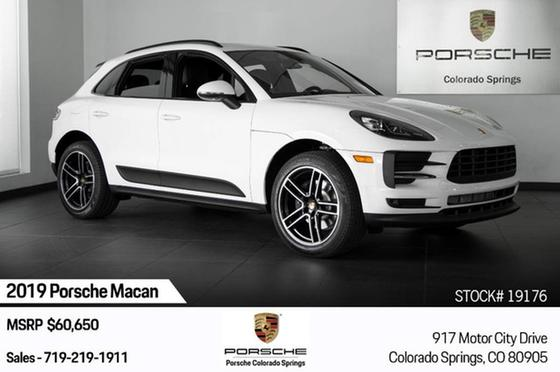 2019 Porsche Macan :24 car images available