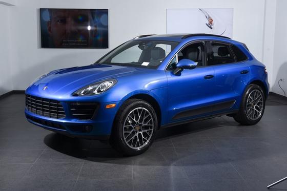 2018 Porsche Macan :16 car images available