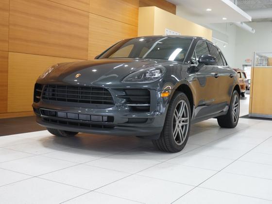 2019 Porsche Macan :24 car images available