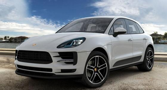 2021 Porsche Macan :2 car images available