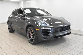 2017 Porsche Macan GTS:20 car images available