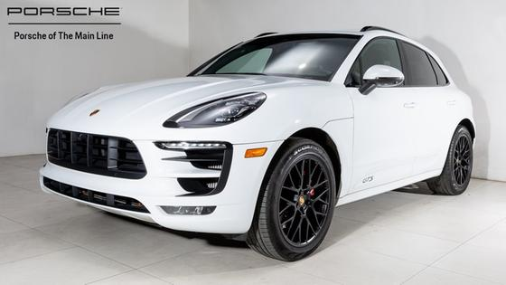 2017 Porsche Macan GTS:22 car images available