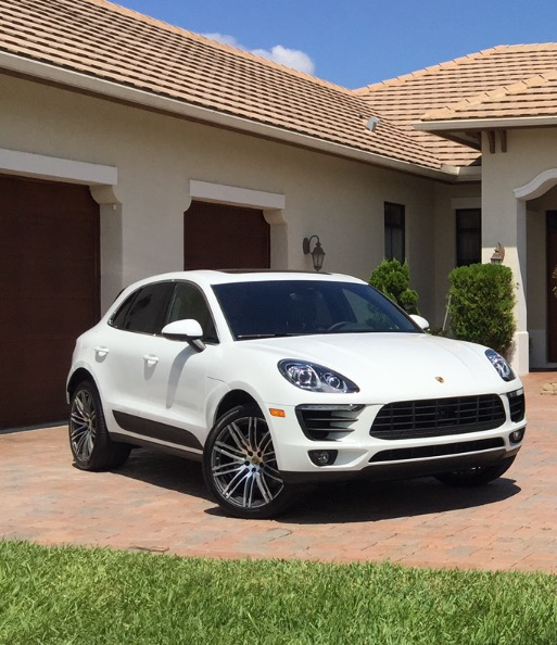 2015 Porsche Macan S:6 car images available
