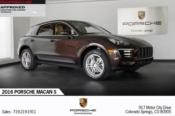2016 Porsche Macan S:24 car images available