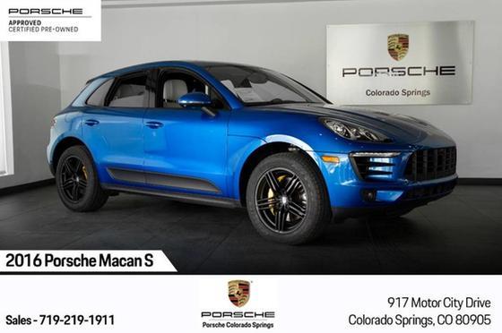 2016 Porsche Macan S:24 car images available