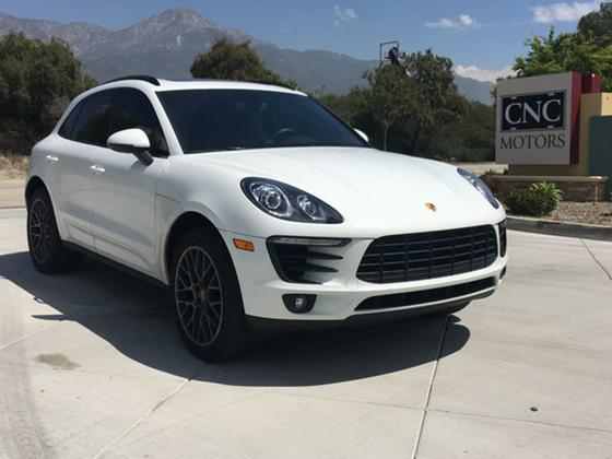 2016 Porsche Macan S:12 car images available