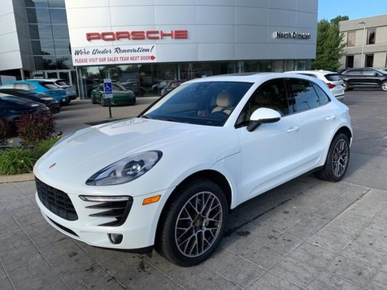2017 Porsche Macan S:21 car images available