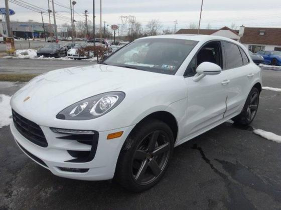 2015 Porsche Macan Turbo : Car has generic photo