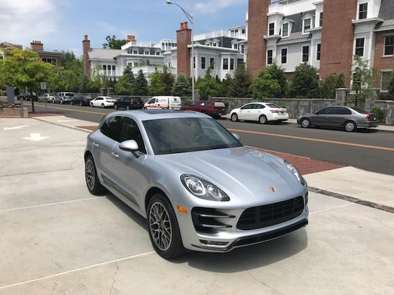 2015 Porsche Macan Turbo:9 car images available