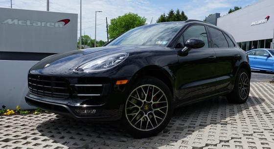 2017 Porsche Macan Turbo:6 car images available