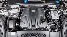 2020 Porsche Macan Turbo