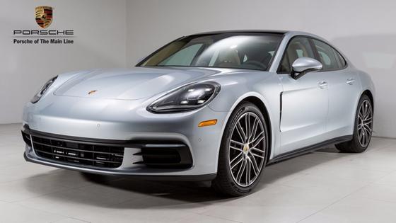 2018 Porsche Panamera :21 car images available