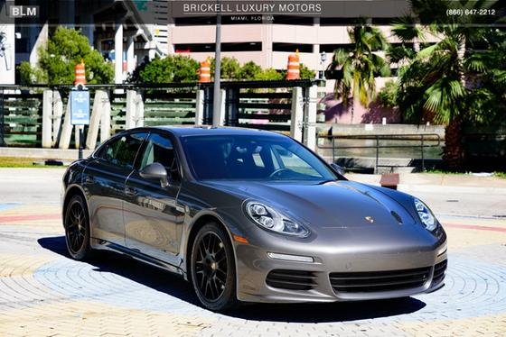 2014 Porsche Panamera :24 car images available