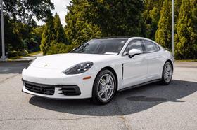 2020 Porsche Panamera :24 car images available