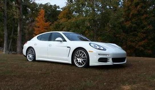 2014 Porsche Panamera 4:8 car images available