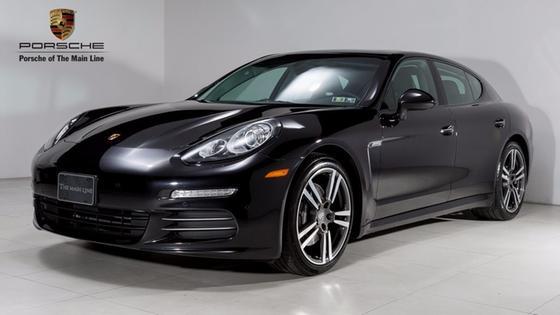 2014 Porsche Panamera 4:23 car images available