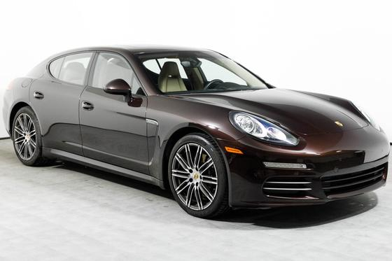 2016 Porsche Panamera 4:23 car images available