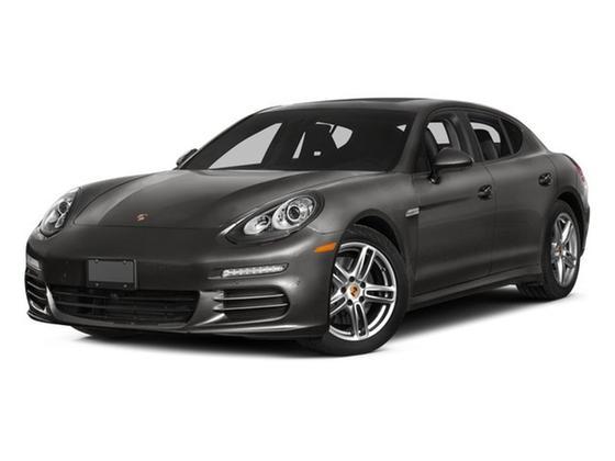 2015 Porsche Panamera 4 : Car has generic photo